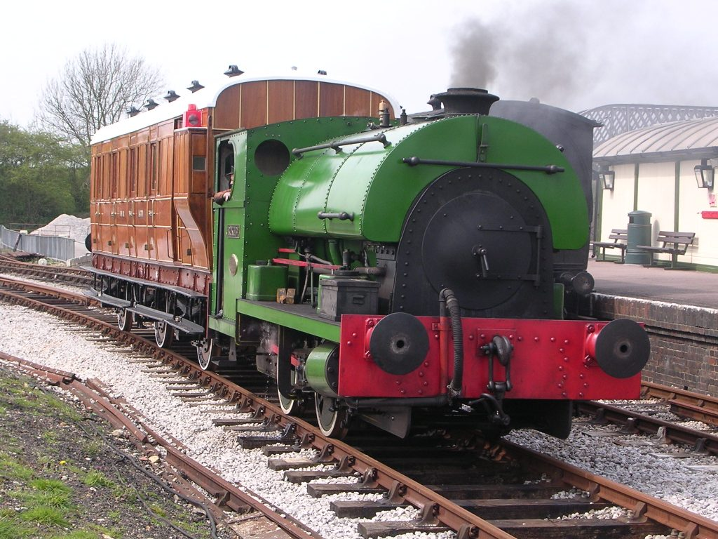 2105 in Down Yard with GNR Brake 3rd No. 1470 in 2005