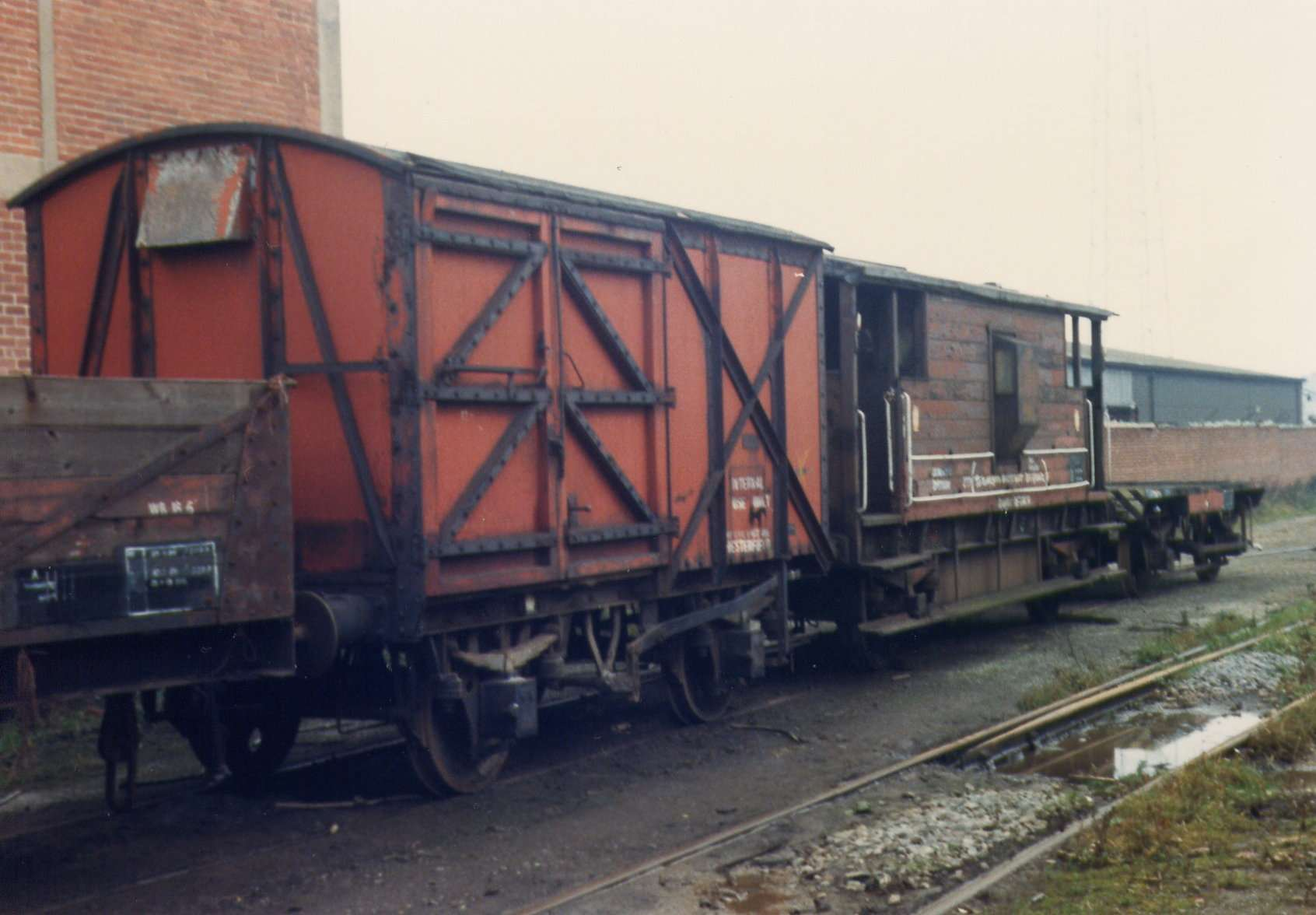 DB778992 at scrapyard awaiting movement to Quainton